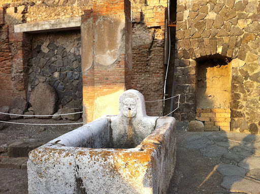Naples - Pompeii and Herculaneum